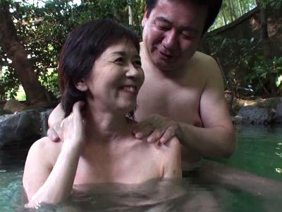 五十路六十路 長年連れ添った中高年夫婦が再び燃え上がる濃厚な接吻と絡み合う性交6人4時間